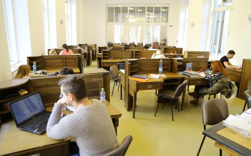 Sala de lectură II